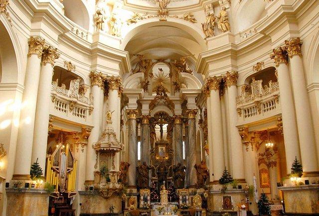 LvivMozArt: орган та скельця бароко