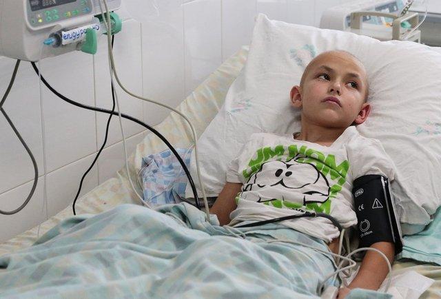 Львівські хірурги вперше сформували ногу 9-річному хлопчику з його ж кісток