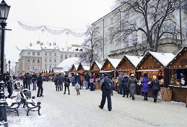 Львів перед Різдвом