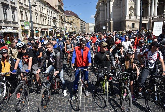 У львівському Велодні взяли участь дві тисячі велосипедистів