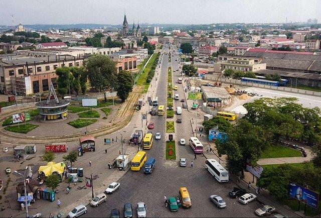 Ні дня без Львова