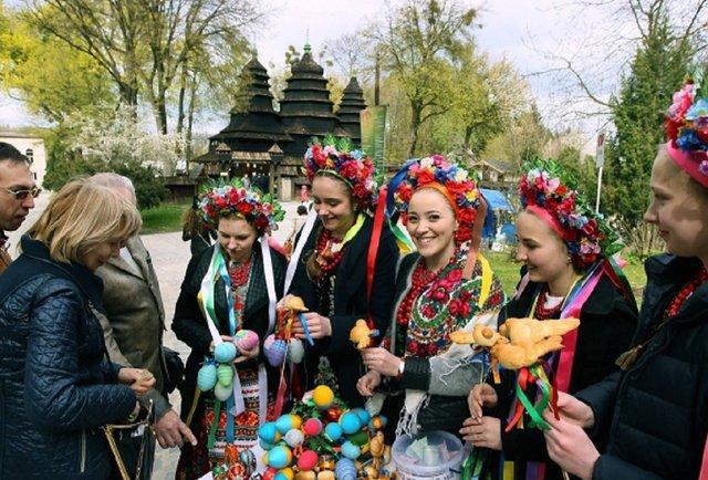 Куди піти у Львові на Великдень