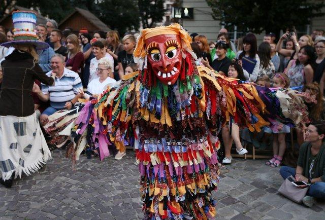 У Львові завершився фестиваль фольклору «Етновир»