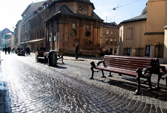 Нові меблі для Львова