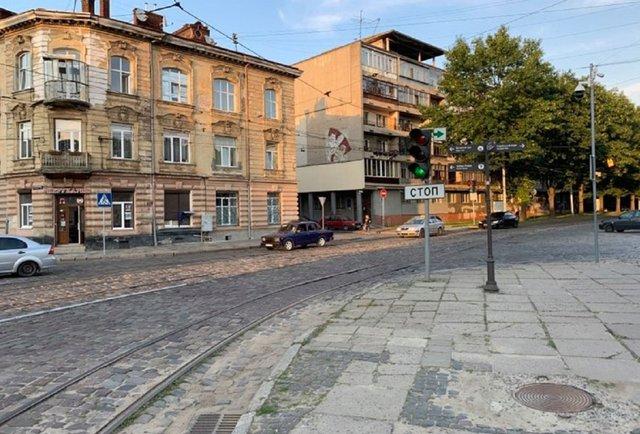 Вулиця Вітовського і найскладніше у Львові перехрестя