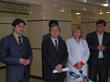 Японія надала лікарні швидкої допомоги у Львові обладнання на $100 тис.