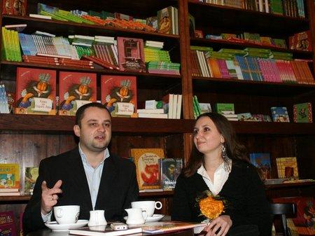 У львівському Палаці Любомирських відкрили кав'ярню-книгарню