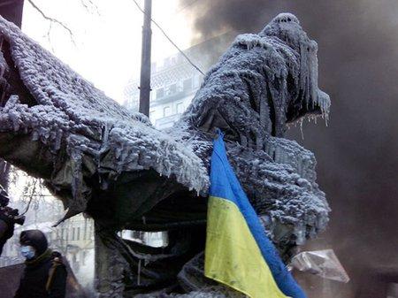 Дым, лед и лицо Майдана
