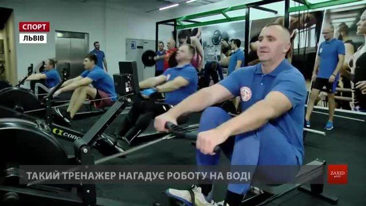 Львівські веслувальники на човнах-драконах розпочали готуватися до нового сезону