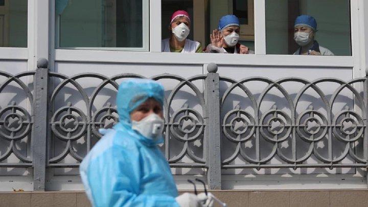 Ще 145 львівських медиків отримають допомогу від міської ради