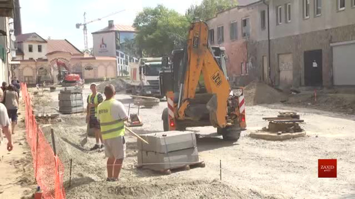 Вул. Богдана Хмельницького у Львові ремонтують із випередженням графіку